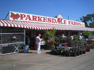 Parksdale Farm Market Outside