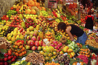 Raw Food Diet Spanish Fruit                       Stall